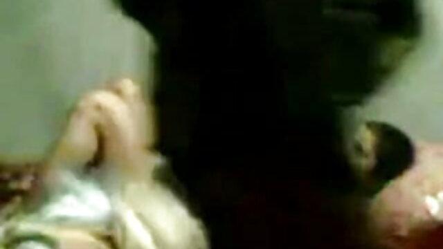 బ్లోన్దేస్ ఫింగర్ తినడం మరియు బిఎఫ్ సెక్స్ తెలుగు కమ్ మేకింగ్