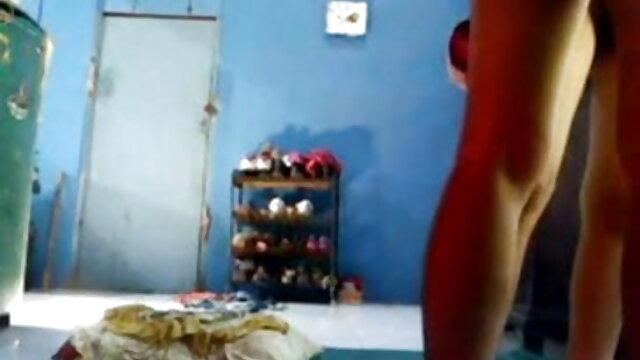 పలుచన Sveta pleases తెలుగు సెక్స్ పిక్చర్ herself with a dildo