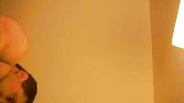 లాటిన తల్లి నుండి గుడ్ బ్లాక్ నోటితో మొడ్ఢ చీకడం సెక్స్ వీడియోలు తెలుగు
