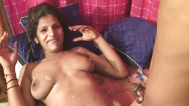 అత్త వేలు బూడిద ప్లే తెలుగు సెక్స్ వీడియో సాంగ్స్ మరియు కమ్ సహాయపడింది ఎలా