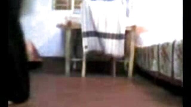 హస్త తెలుగు వీడియో బి ఎఫ్ సెక్స్ ప్రయోగం కోసం పుస్సీ లో అందమైన అందం పెంటీ హౌస్