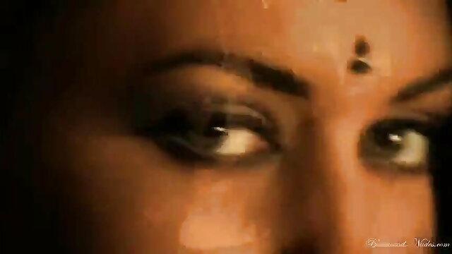 తండ్రి riddy యొక్క ప్రయోజనం సెక్స్ వీడియో తెలుగు సెక్స్ వీడియో పట్టింది. తన యువ కుమార్తె