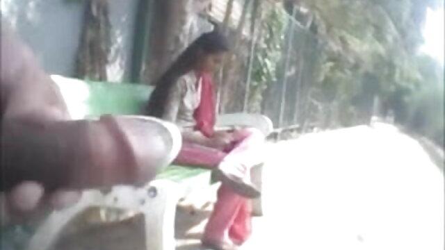 తన స్నేహితురాలు తెలుగు సెక్స్ వీడియో మూవీస్ మరియు సముద్ర డక్ తో మనిషి చర్మం పడుతుంది