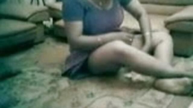 అవుట్డోర్ తెలుగు సెక్స్ డాట్ కాం అందగత్తె తో మెడ్ చూడండి