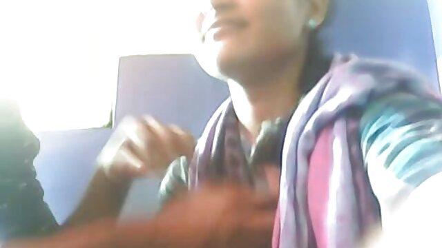 ఒక భార్య తన సమీపంలో నిద్రిస్తున్న వేళ తెలుగు బిఎఫ్ సెక్స్ జననం అమ్మాయి కోల్పోతుంది