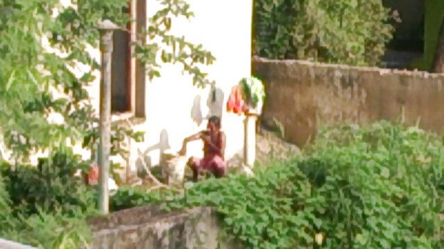 ఆమె ఇబ్బంది తెలుగు సెక్స్ వీడియో మూవీస్ పెట్టాడు మరియు సహితమైన మంచం ముందు
